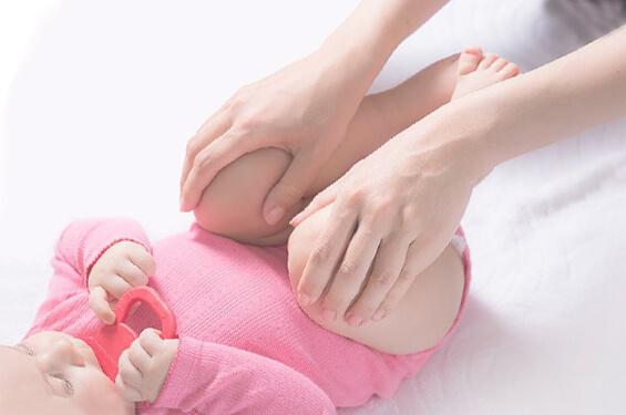 Консервативное  лечение дисплазии тазобедренного сустава у детей